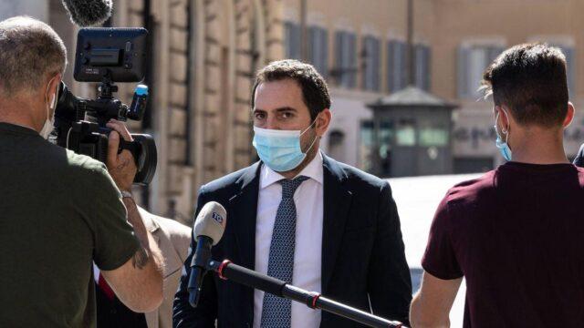 spadafora-microfono-mascherina