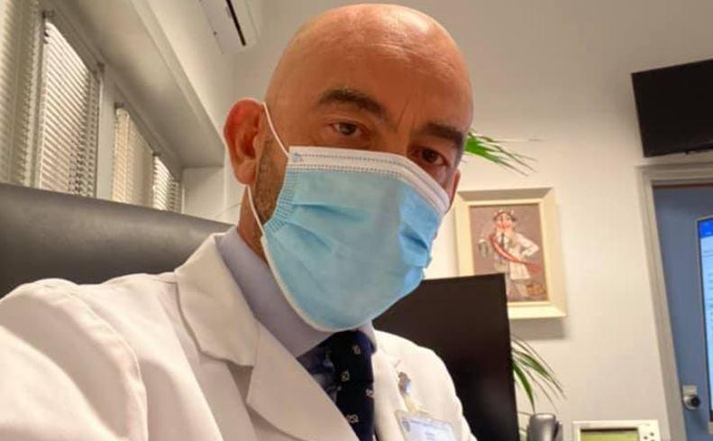 bassetti-mascherina-ospedale
