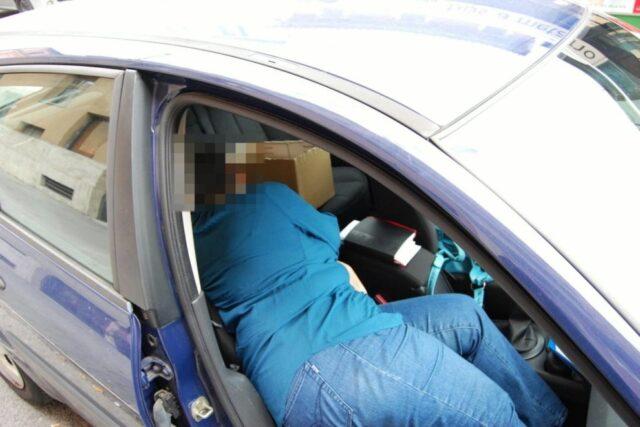 dormire-in-auto