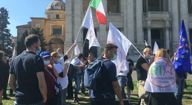 manifestazione-negazionisti-roma-10-ottobre-2020
