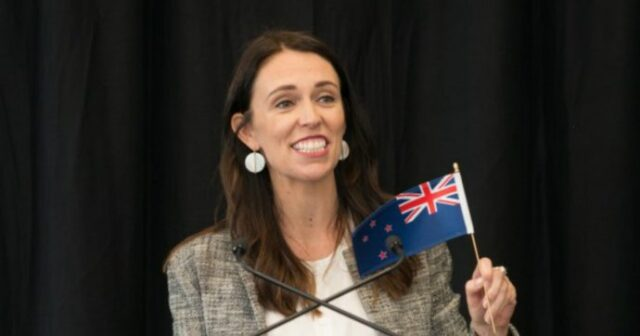 ministro-nuova-zelanda-esulta-covid-free