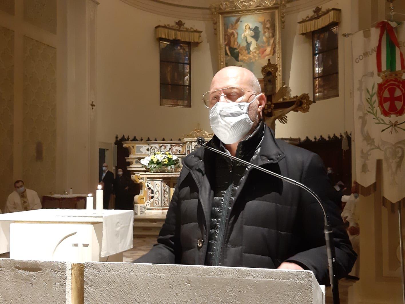 bonaccini-in-chiesa