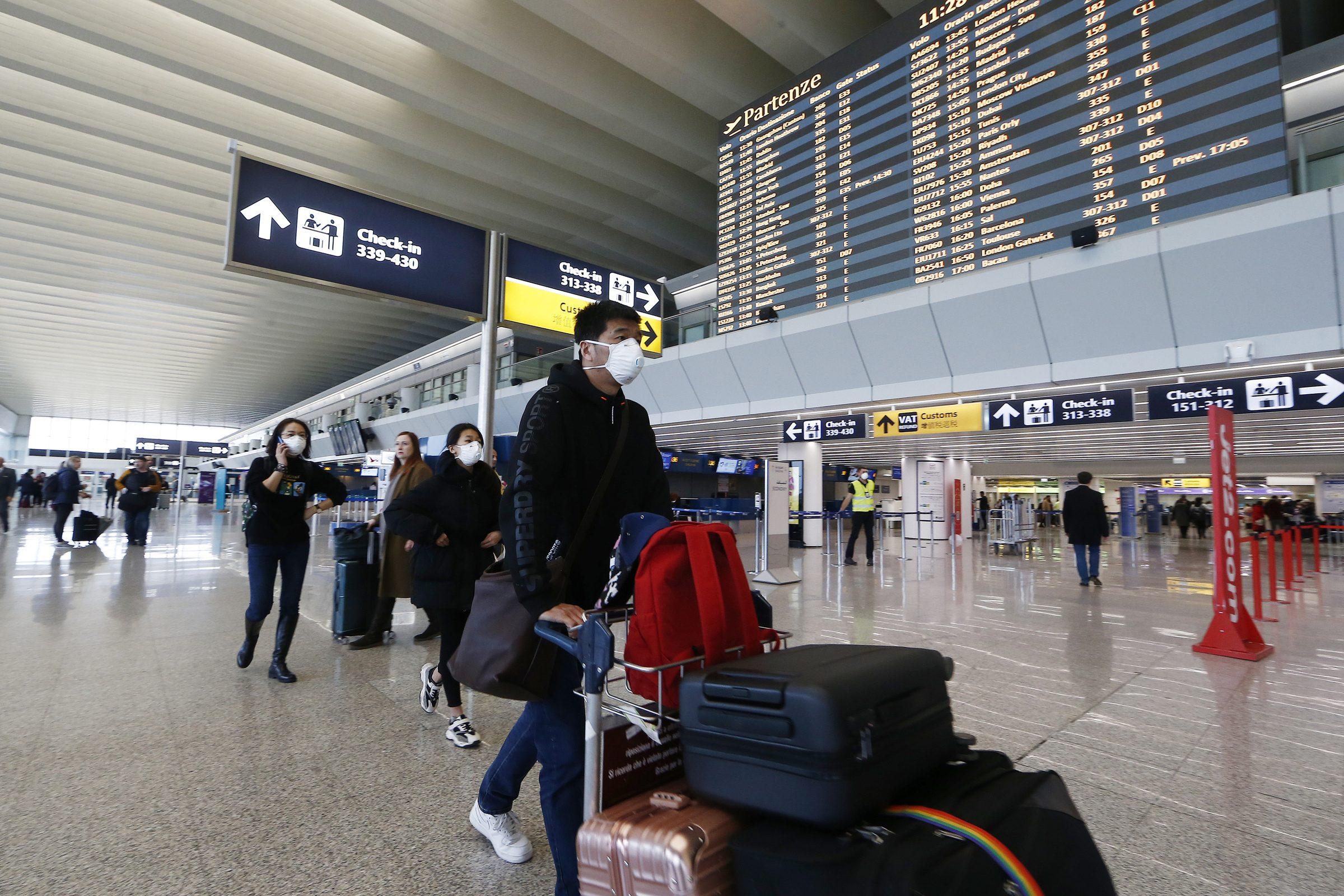 aeroporto-di-fiumicino-mascherine