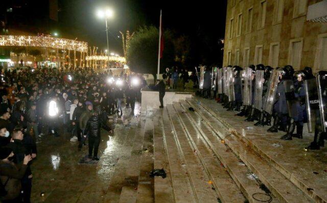 albania-proteste-polizia