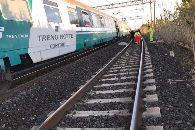 investito-dal-treno-roma-termini-attraversava-binari
