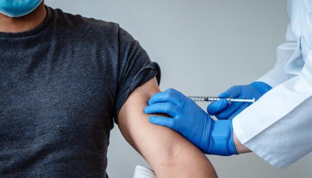 reazioni-ai-vaccini-rarissime