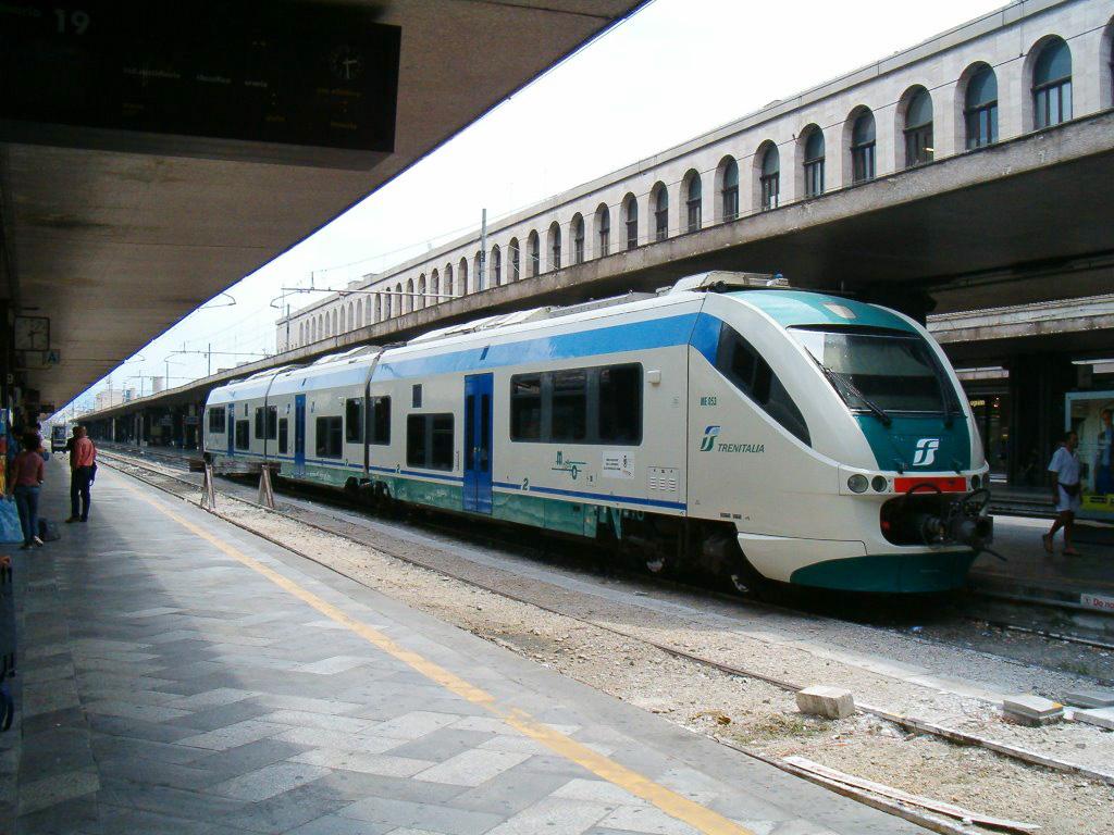 treno-stazione-roma-termini