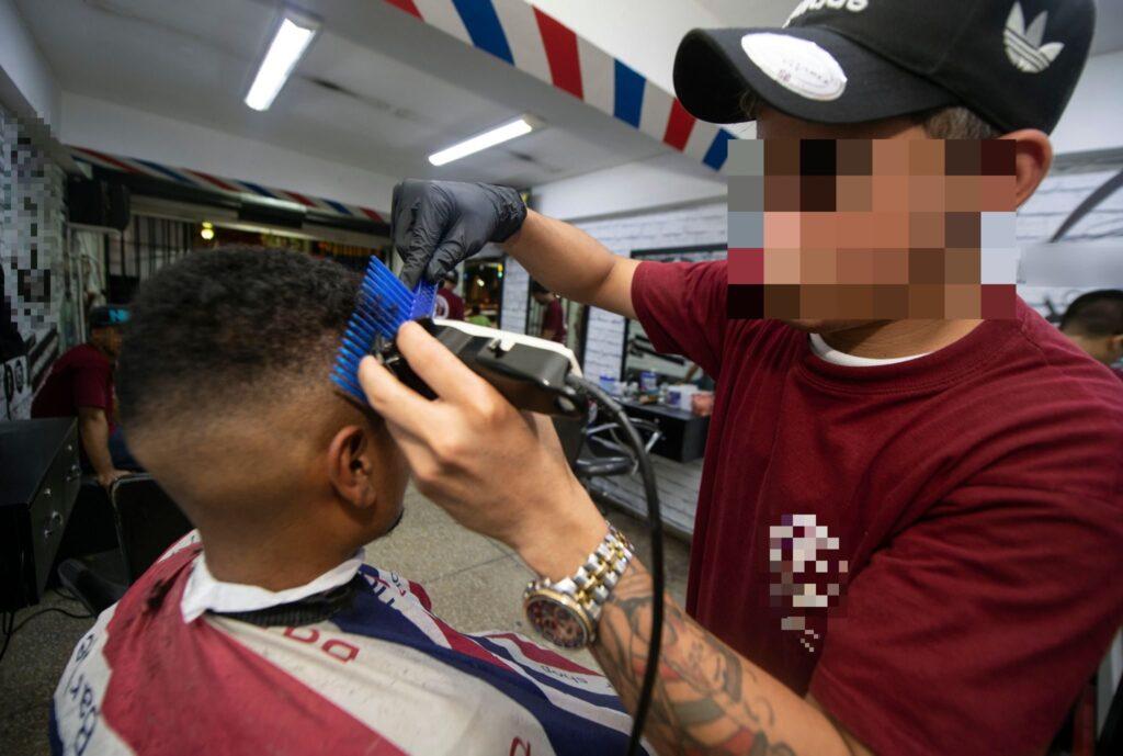 barbiere-taglia-capelli