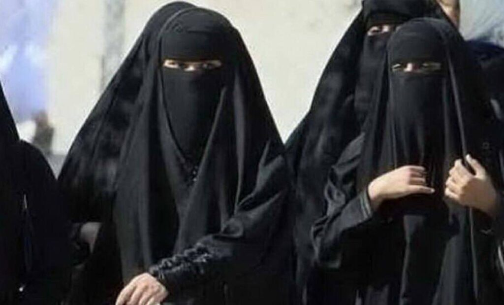 svizzera-burqa-divieto-referendum