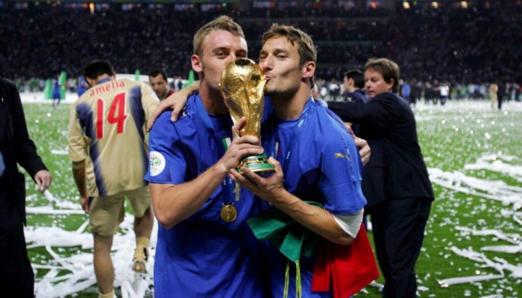de-rossi-totti-mondiale-2006-italia