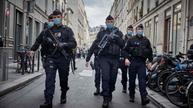 spari-a-parigi-polizia