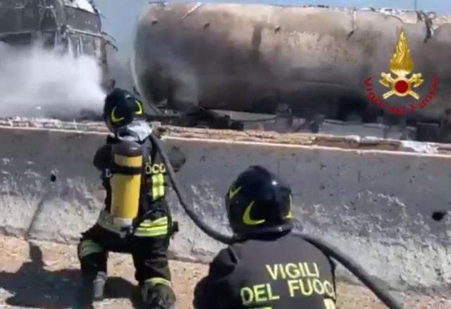 incidente-a1-camion-a-fuoco