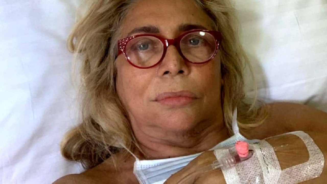 mara-venier-dentista-operata-ricoverata