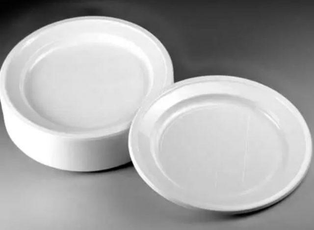 piatti-di-plastica