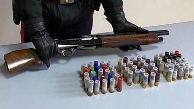 fucile-sequestrato-polizia