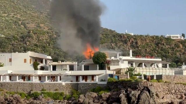 hotel-raya-panarea-incendio-terrazza